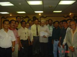 H.E. Ambassador Antonio Villamor and OFW Congress-Riyadh Execon member and other Filcom Leaders