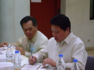Dr. Lito Astillero (left) with LAbor Attache Resty Dela Fuente