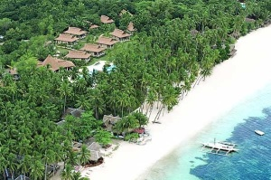 The Best Beach in Panglao Island, Bohol (HENANN Resort)